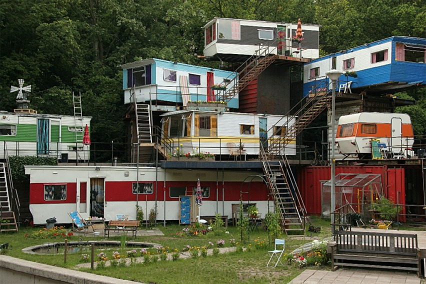 redneck-mansion.jpg